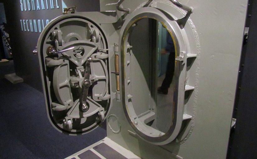 Navel Undersea Museum